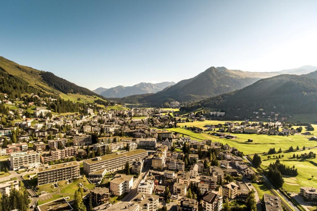 Davos: Wandern und Erholen in den Schweizer Alpen - SZ-Reisen GmbH ...