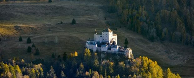 Schloss Tarasp © Roland Gerth, swiss-image, Switzerland Tourism
