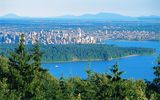 City of Vancouver © Tourism British Columbia