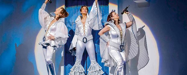 Super Trouper ©  Money, Morris Mac Matzen, Stage Entertainment